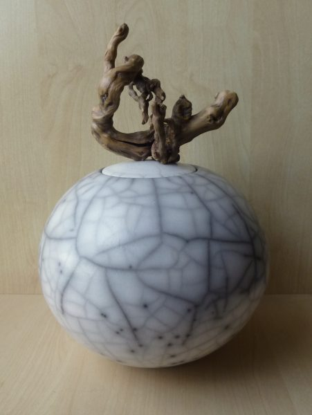 Anne Morrison_Lidded crackle pot with twisted wood
